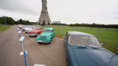 Cars in Exhibition of Soviet vintage automobiles — Stock Video