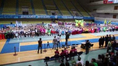 Awarding of cheerleaders team Dream Team — Stock Video