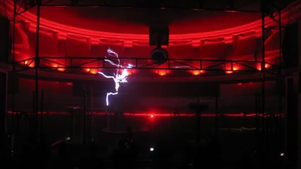 Beautiful electric show — Vidéo