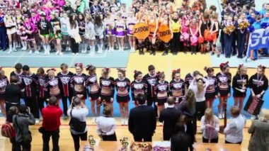 Awarding of cheerleaders team Energy at Championship — Stock Video