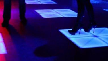 Three women and one man dance — Stock Video
