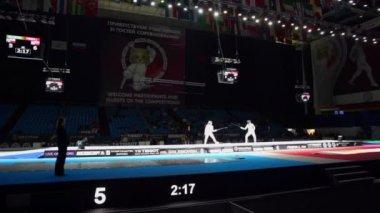 Sportswomen duel during world championship — Stock Video