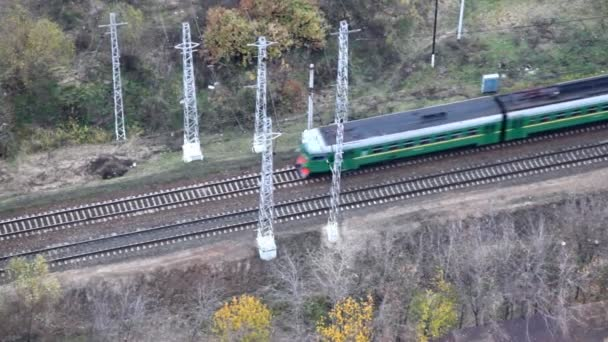 Train moving on tracks — Vídeo de stock