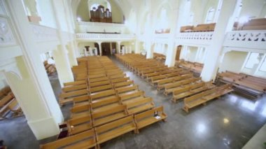 People come to Evangelical Lutheran Cathedral — Stock Video