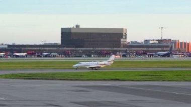 Small passengers airplane rides — Wideo stockowe