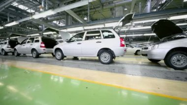 Lada Kalina cars on factory VAZ — Stock Video