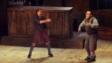 Actors A.Basova and V.Karpenko — Stock Video