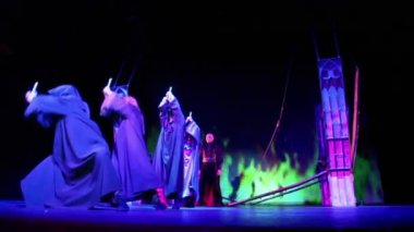 E.Aksenov and actors in musical — Stock Video