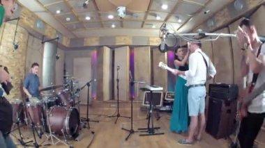 Band members rehearsing — Stock Video