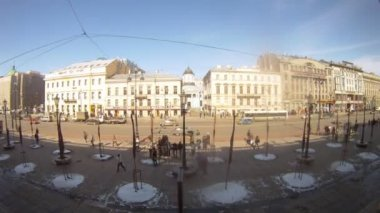 People walking in front of Gostiny Dvor — Wideo stockowe