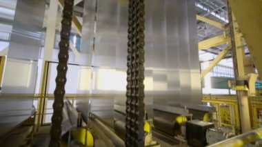 Aluminum sheets rolled on machine — Stock Video