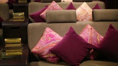 Soft sofa in cinema theatre — Stock Video