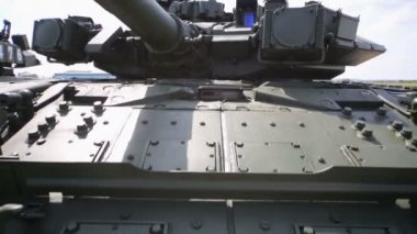 Turret of tank T-90 on exposition — Stock Video