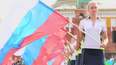 Girls with flags of Russian Federation — Stock Video
