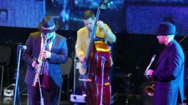 Jazz band performs — Wideo stockowe
