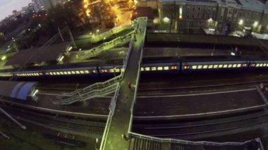Railroad station near dwelling houses — Stock Video