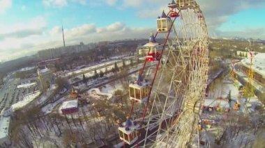 Russian Exhibition Center Ferris wheel — Stock Video
