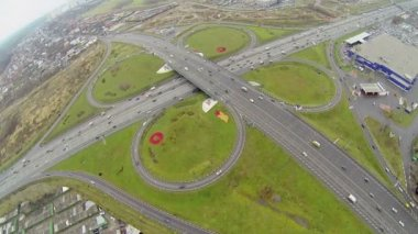 Transport ride by speedway and Shchelkovskaya flyover — Stock Video