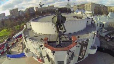 Skulptur av elefant på Durov djur Theater — Stockvideo