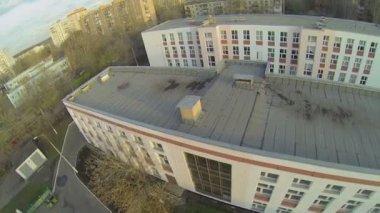 School at autumn day — Stock Video