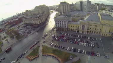 Parking on Theatrical square and Kremlin complex — Stock Video