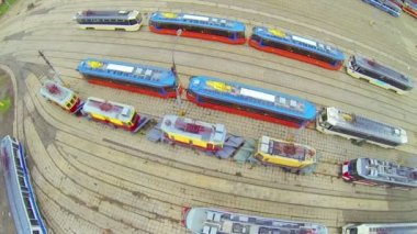 Roofs of trams with electro contacts, above view — Vídeo stock