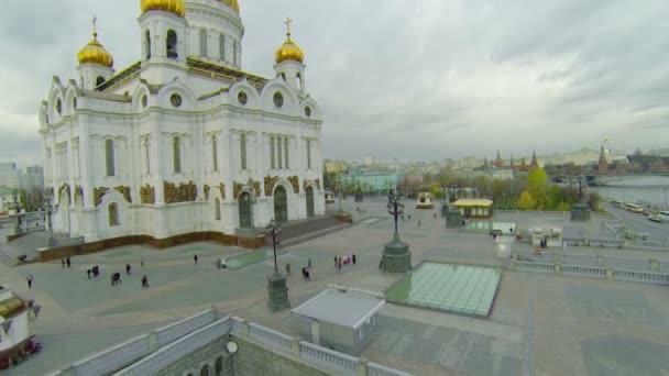 Golden cupolas of Christ the Saviour Cathedral — Vidéo