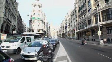 Transport ride by Gran Via street — Stock Video