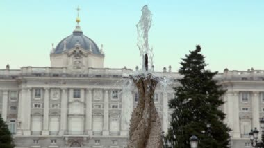 Fountain in gardens of Sabatini — Stock Video