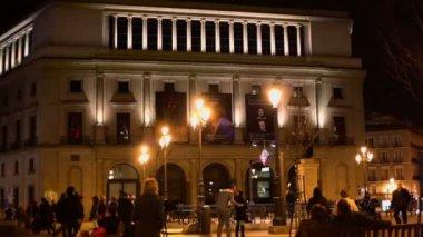Tourists walk near Teatro Real — Stock Video