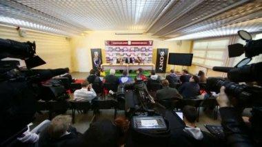 Конференции после игры сборной России — Стоковое видео