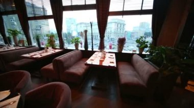 Luxury modern interior in Zafferano restaurant — Stock Video