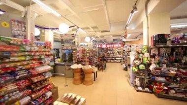 Cash desks and goods in supermarket — Stock Video