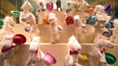 Toy horse puppets in GUM — Stock Video