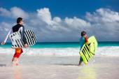 Family beach fun — Stock Photo