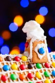 Closeup of gingerbread house roof — Stock Photo