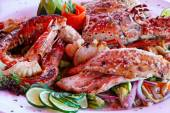 Grilled seafood platter — Stock Photo