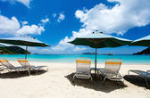Idyllic tropical beach at Caribbean — Stockfoto