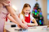 Family baking on Christmas eve — Stock Photo