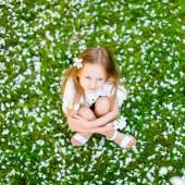 Little girl spring portrait — Stock Photo