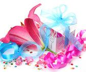 Presente e lírio rosa — Foto Stock
