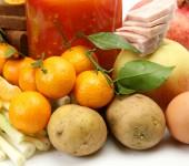 Tangerines, potatoes and apples — Stock Photo
