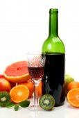 Ripe fruits and wine — Stock Photo