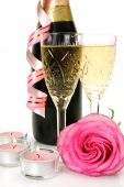 Wine glasses and rose — Stock Photo