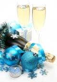 Champagne and New Year's balls — Stockfoto