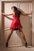 Sexuální žena v červené spodní prádlo — Stock fotografie