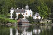 Abbey on shore of Lake Hallstatt — Stock Photo