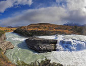Cascades Paine-rock in the Rio Paine   — Stock Photo