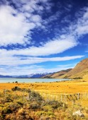 Lake in Patagonian Andes — Stock Photo