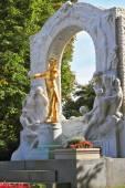 Estatua de johann strauss — Foto de Stock